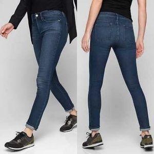 Athleta Sculptek™ Skinny Jean